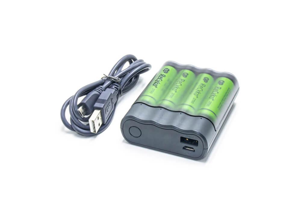 Зарядное устройство USB и 4 аккумуляторные батареи AA