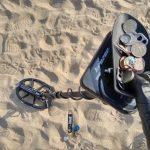 Beach metal detecting with Kruzer