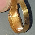 Dieser mittelalterliche Gold- und Saphirring - 2