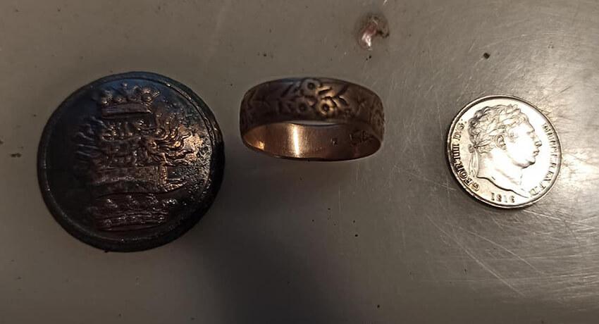Ring, Münze und Knopf mit Simplex+